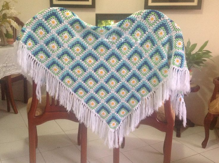 Crochet chal para dama, for ladies.