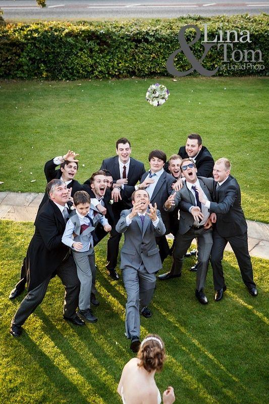 男性ゲストに向けて♪結婚式のブーケトスのアイデア♡参考にしたいウェディング・ブライダル♪