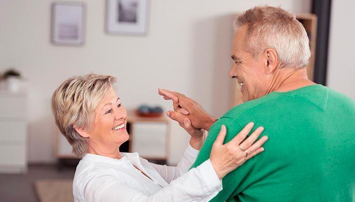 Dançar um aliado da Saúde  Se você não gosta das atividades de rotina ou quer dar um toque diferente ao exercício que você faz o flamenco é uma boa opção para você.  Este artigo reflete a paixão e agilidade. De acordo com Cal Poço dançarino coreógrafo e especialista em esporte o flamengo é um grande exercício cardiovascular pois nunca para. Além disso é uma forma de se expressar.  Também disse que: A atividade física que se faz ao dançar flamenco se parece com o patinação de velocidade está…