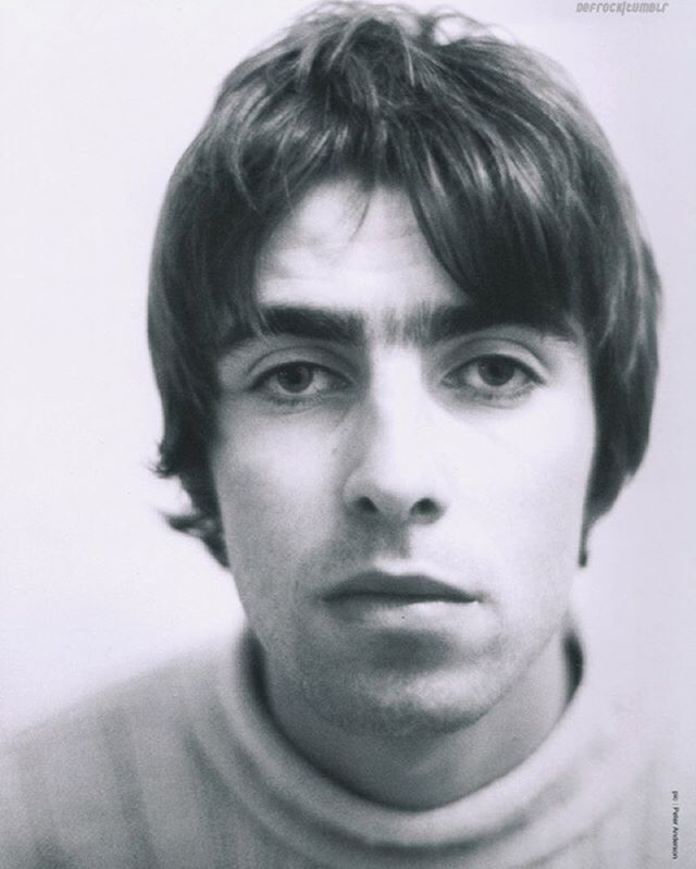 #LiamGallagher, #Oasis, #90s. : ©Peter Anderson. (Scanned by defrock/tumblr)