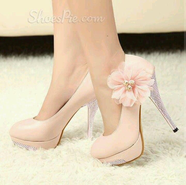 Flowers pink heels