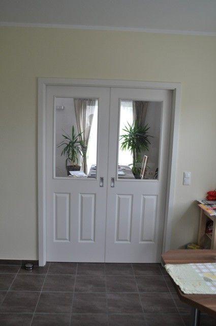 schiebet r in der k che mit blick ins wohnzimmer t ren pinterest wohnzimmer k che und t ren. Black Bedroom Furniture Sets. Home Design Ideas