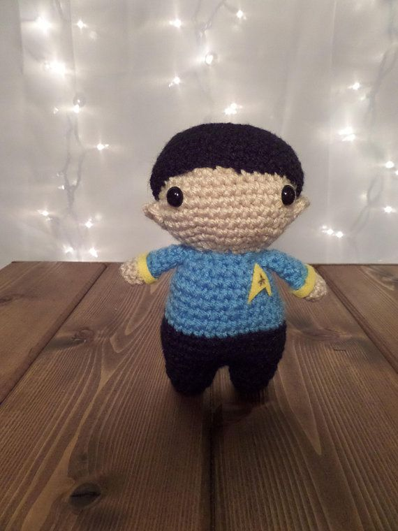 And She Games...: Totally Trektacular Star Trek Crochet Patterns | 760x570
