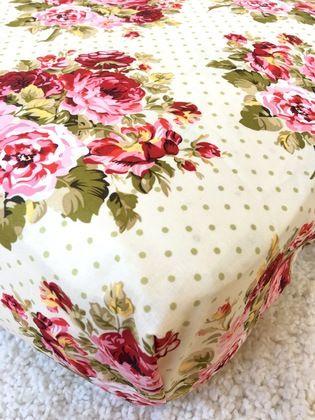 Shabby Rambling Roses Crib Sheet