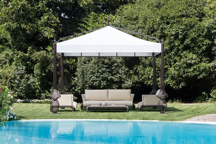 Sole gazebo and Canopo lounge