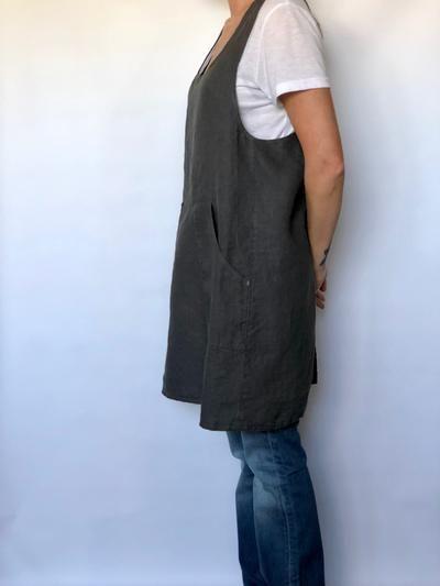 apron-fetish-pinafore