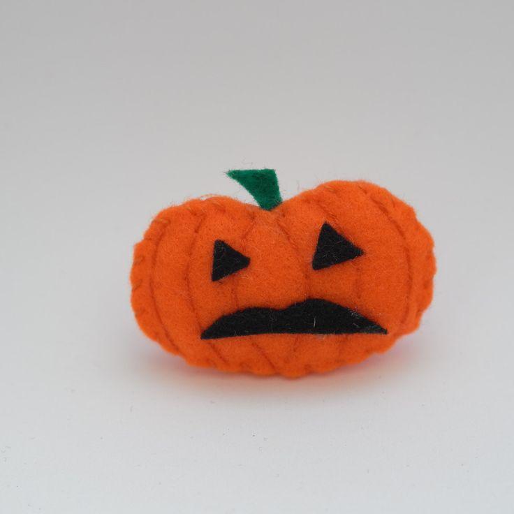 Weird pumpkin - halloween decor, trick or treat, scary, horror, spooky, halloween decoration, cute. by HalloweenOrChristmas on Etsy