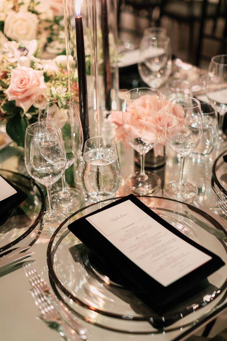 Le Mariage Romantique Et Elegant D Ashley Taylor A L Hotel Bel Air Vouloir Plus As Hochzeitstisch Tischdekoration Hochzeit Blumen Hochzeitsdekoration