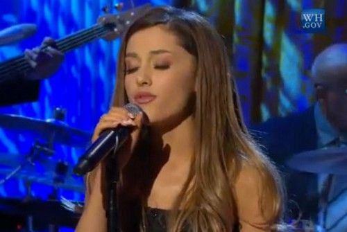 Ariana Grande Performs Whitney Houston Song For President Obama At White House | Celeb Teen Laundry
