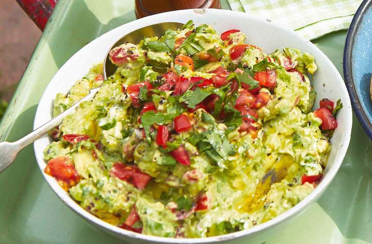 With its vibrant colours and zingy aromas, this avocado dip is full of creamy, chunky pieces. Find out how to make this and other dips at Tesco…