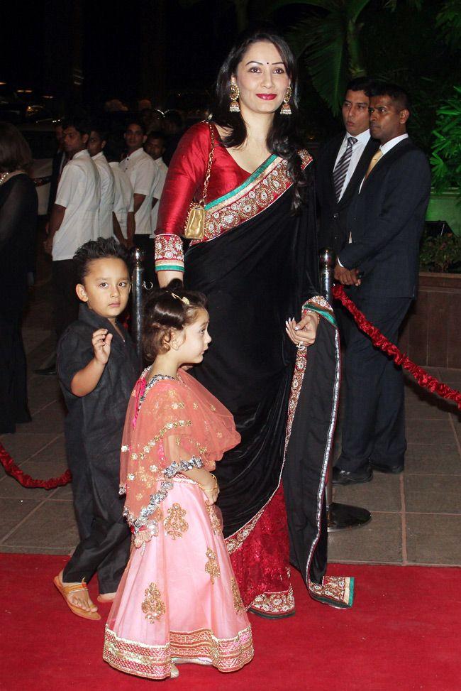 Celebs galore at Arpita-Aayush grand wedding reception