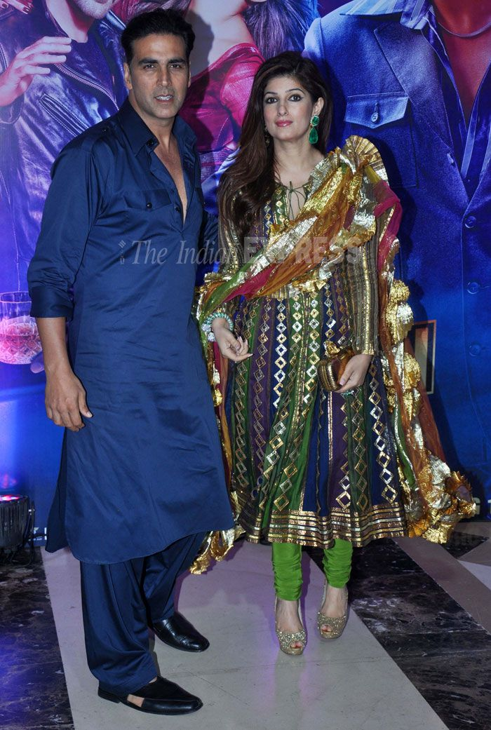 Akshay was seen in a royal blue pathani suit, his wife Twinkle, who is hardly seen at parties post the birth of their daughter Nitara, was seen in an Abu Sandeep suit. We didn't like the gota patti on her dupatta. (Photo: Varinder Chawla)