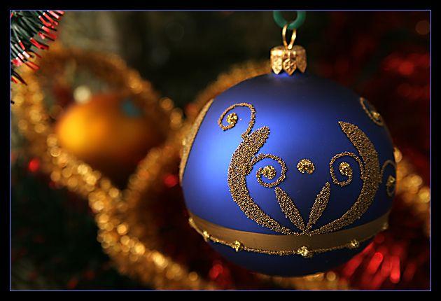 Wigilia to nie jest czas, gdy jest prezentów moc Wigilia to nie jest czas, gdy potraw sto na stole Wigilia to przepiękny czas, Bożonarodzeniowy czas, Gdy siedzimy wszyscy w kole, i MAMY bliskich przy stole.  Spokojnych i zdrowych Świąt!