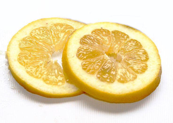 Πού προσφέρει το λεμόνι τη λευκαντική και μυρωδάτη του δύναμη;