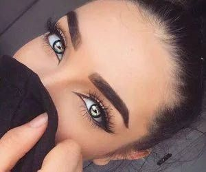Just Pinned to Eyes: eyes http://ift.tt/2qFTS1D