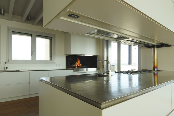 kitchen TIME 45° - a large stainless steel vintage worktop