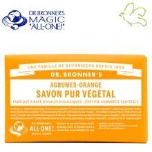 Dr. Bronner's Magic Soaps - Pain de Savon Pur Végétal Agrumes Orange Disponible dans l'e-shop www.officina-paris.fr #officina #paris #eshopping #beaute #pain #barsoap #vegetal #solide #cosmetiques #savon #douche #gel #liquide #bio #naturel #fairtrade #drbronner #drbronners #magicsoap #soap #organic #vegan #equitable #argrumes #orange #citrus #fresh #rose #peppermint #menthepoivree #amande #arbreathe #teatree #eucalyptus #lavande #bebe #doux #sansparfum #babycare