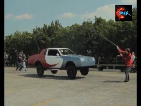 Прыгающий автомобиль - Bouncing car