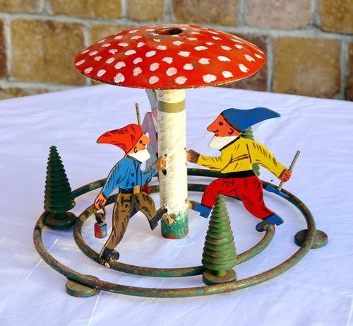 retro christmas mushroom | SOOO SWEET Vintage Metal Christmas Tree stand - ... | Vintage Home