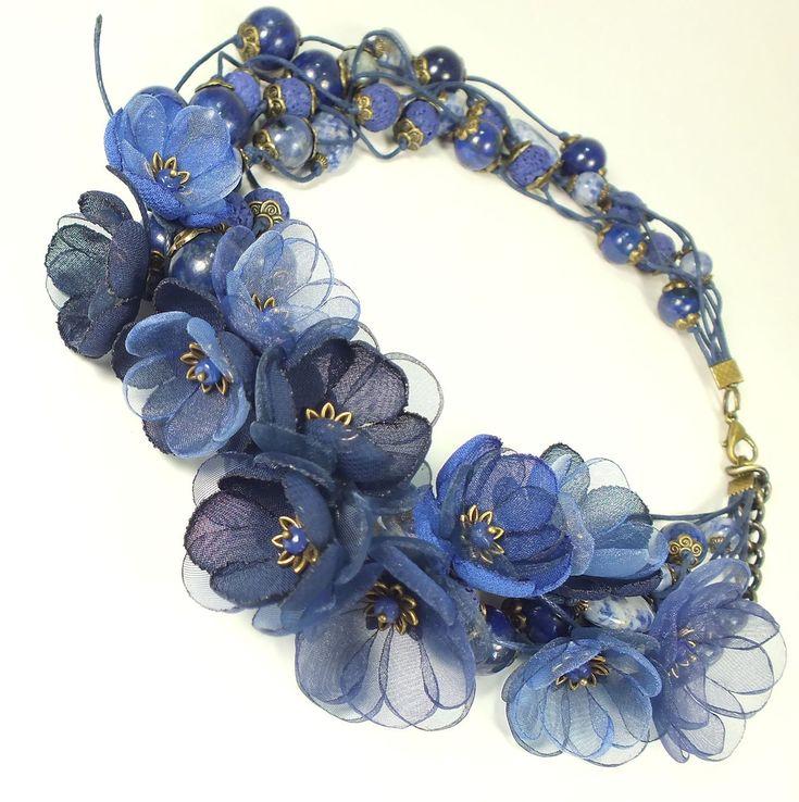 Купить Цветы Сонной Долины. Колье, цветы - тёмно-синий, синий, колье, ожерелье, лазурит