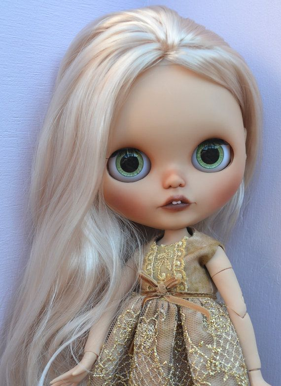Ooak Custom Tan Factory Blythe Doll, Kate