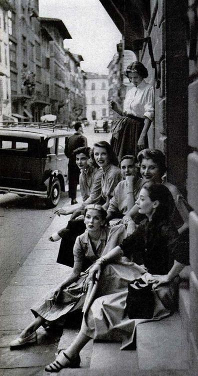Off-duty models, Italy, 1950s