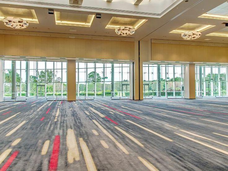 Major redevelopment of the 1500m2 Royal Benowa Ballroom at RACV Royal Pines resort contact: matsee@strudyna