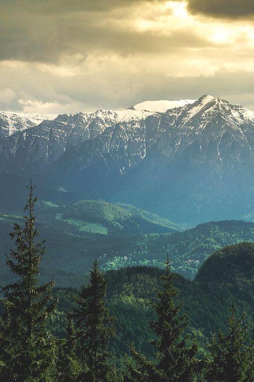 Bucegi Mountains, Romania | Andrei Burcea, www.romaniasfriends.com