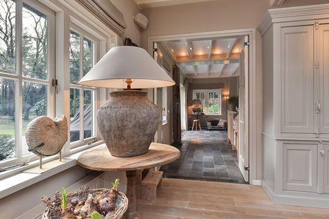 25 beste idee n over grijs plafond op pinterest donkere plafond verf plafond en plafond kleur - Verf balken ...