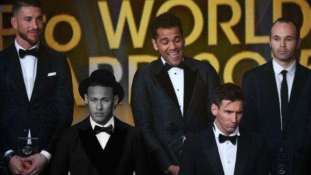 El brasileño Neymar admitió hoy sentirse algo decepcionado con el resultado del Balón de Oro en Zúrich, ya que esperaba ser segundo en lugar de tercero. January 11, 2016.