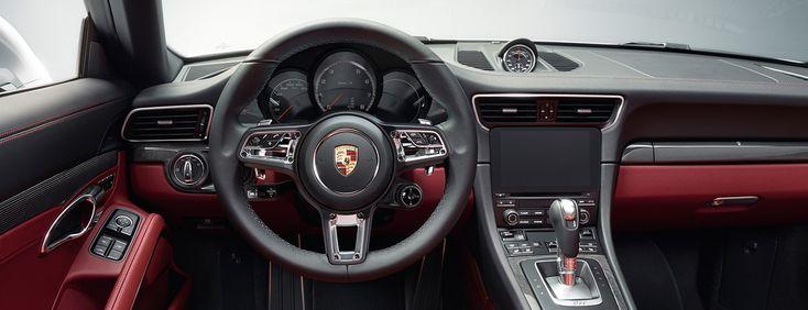 Durante cinco décadas, el Porsche 911 ha sido el corazón de la marca Porsche. Hoy se considera el coche deportivo por excelencia, el punto ...