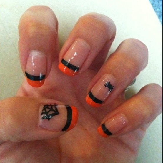 halloween nails ... leave out the spiders and they are ...