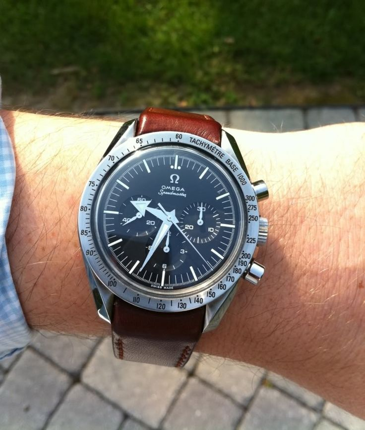 Let's see pics of speedmaster pro's on brown straps - Page 22