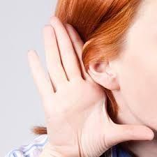 Avoir des oreilles décollées représente un handicap pour certains d'où le recours à une intervention chirurgicale appelée « otoplastie » devient alors nécessaire pour remodeler les pavillons jugés excessivement visibles.