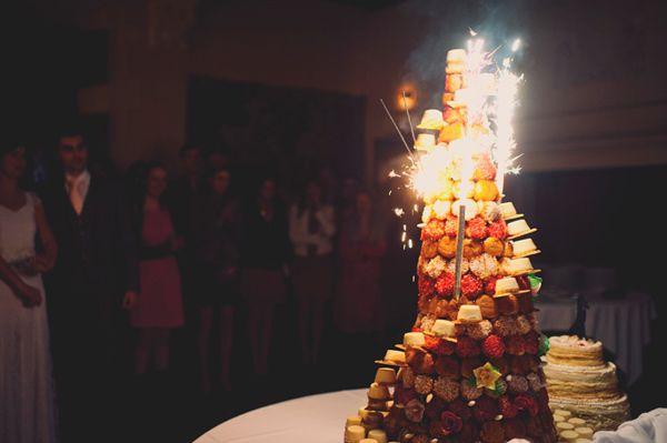 Exploding wedding cake? YES!