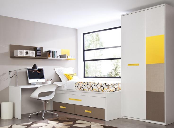 Dormitorio compacto con cama oculta extra ble y juego de for Dormitorios compactos