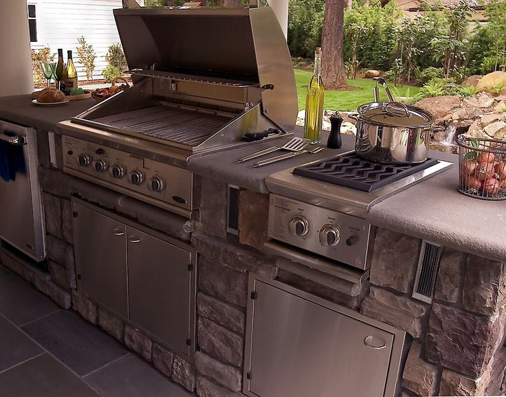 Attractive 7 Tips For Designing The Best Outdoor Kitchen