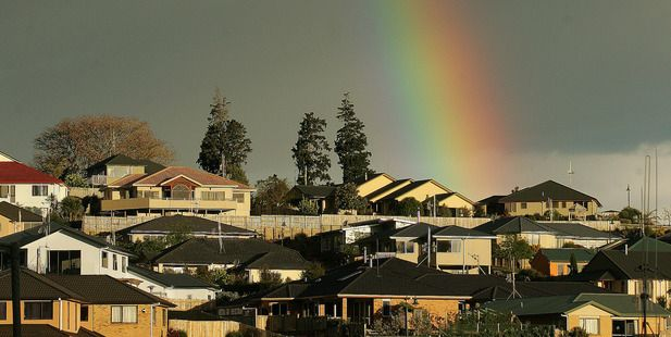 Revolving mortgages let Kiwis dip into home equity without even asking the bank. Photo / Alan Gibson