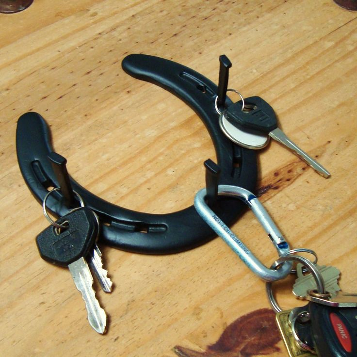 horse shoe key holder