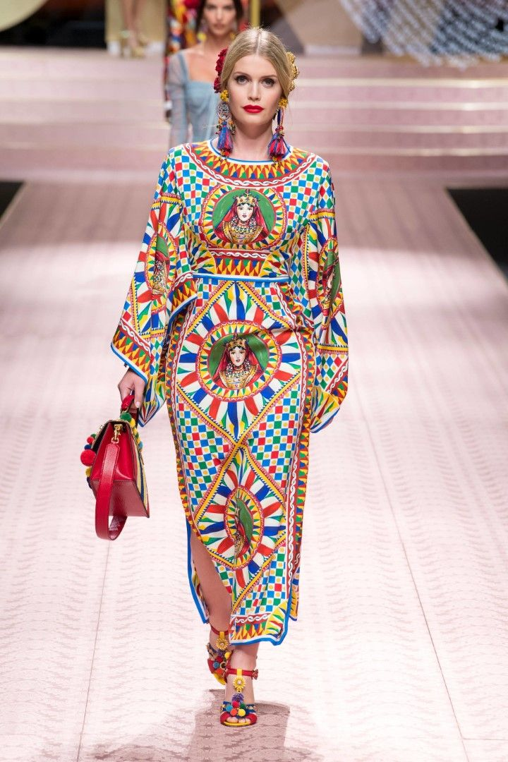 24be3561ec61d Dolce   Gabbana Spring Summer 2019 Ready-to-Wear Collection   DOLCE ...