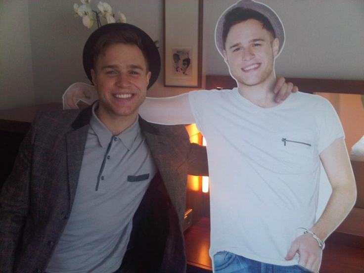 Olly Murs wearing style Ives.
