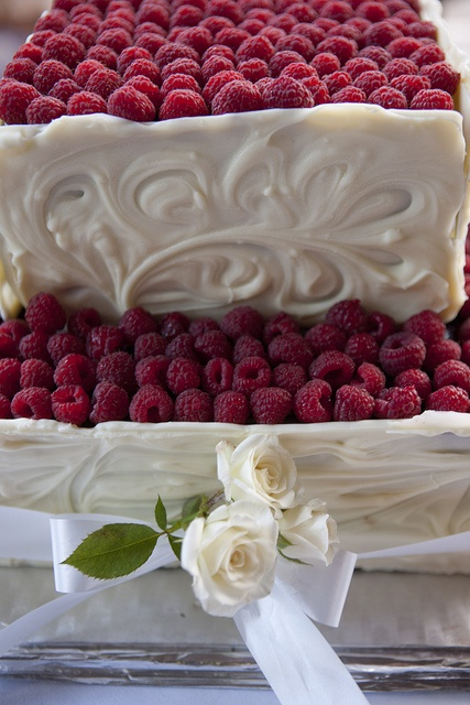 Wedding Cakes by Raspberry Farm Cafe, via Flickr