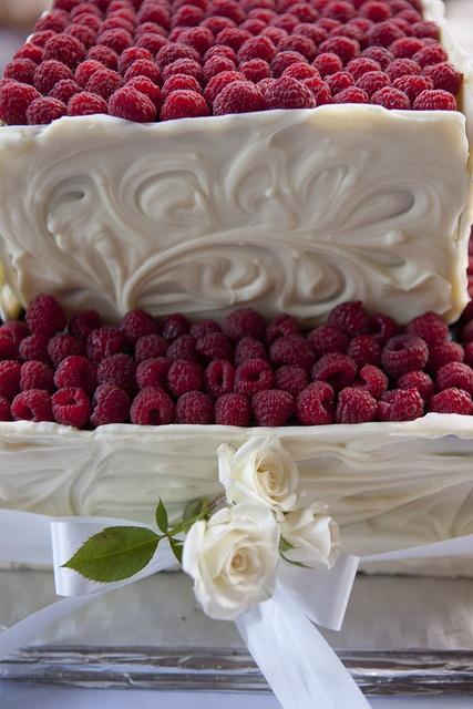 Wedding Cakes by Raspberry Farm Cafe, via Flickr
