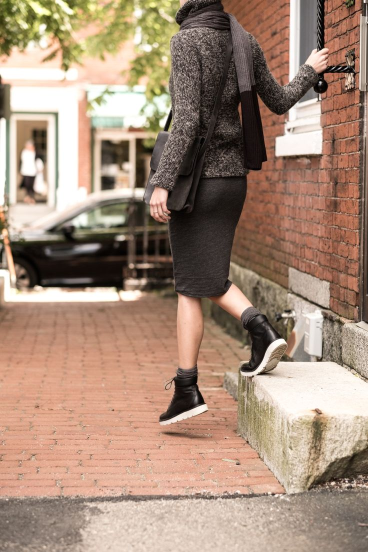 Show the world whos boss when you wear your sneaker boots. They were made for walking (and crushing your work day) and playing (anywhere and everywhere).