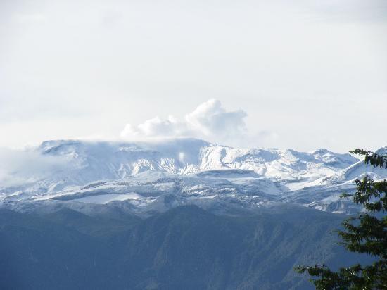 Manizales, Colombia: El hermoso nevado del Ruiz