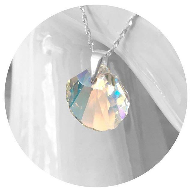 Swarovski Crystal & Sterling Silver Mermaid Shell. #crystal #shell #mermaid #sea #lovers #jewelry #shop #Sterling #silver #beautiful #pretty #bloggers #beauty #buy #mermaids #gift #valentine #love #sweet #thoughtful #treasure #nofilter