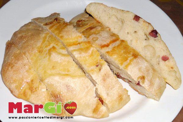 Focaccia alla salsiccia ricetta pane fatto in casa