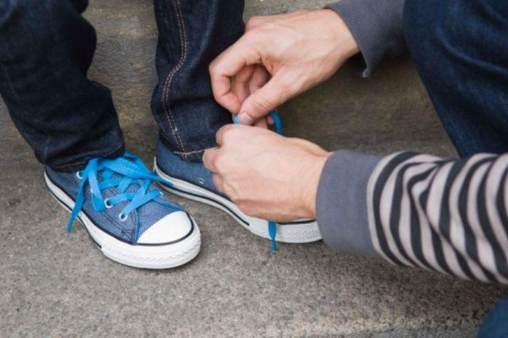 Cómo quitar una astilla del pie de un niño | Muy Fitness