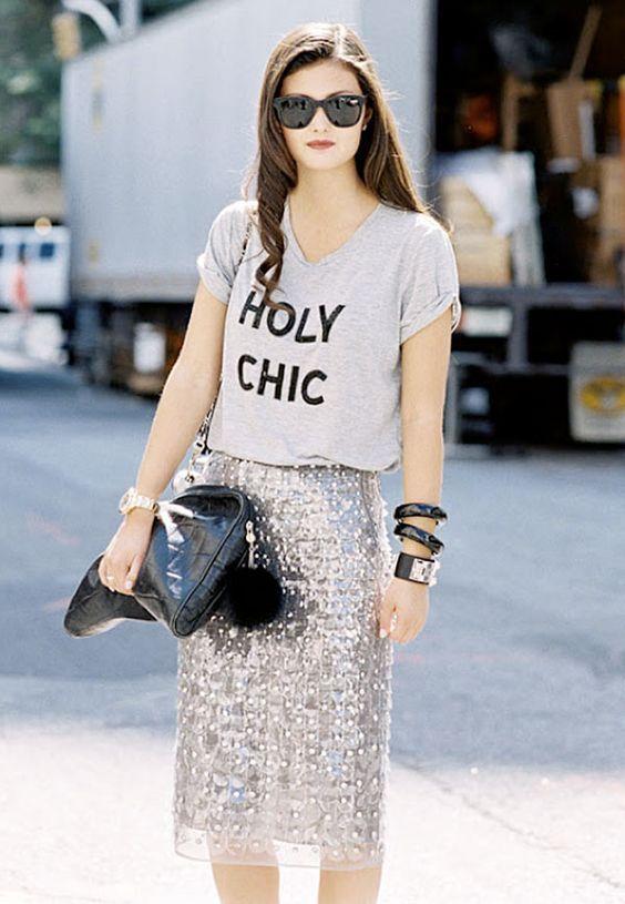 Holy Chic t-shirt, blusa cinza, saia com lápis paetês, inspiração para festas de fim de ano, ano novo.