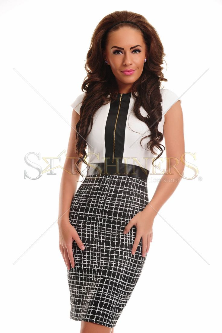 Rochie LaDonna scurta, accesorizata cu fermoar in fata, foarte chic, ideala pentru orice eveniment.